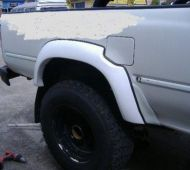 HILUX 89-98 SINGLE & EXTRA CAB SET OF 4