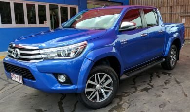HILUX 2015-2018 FACTORY STYLE FRONT PAINTED FLARES