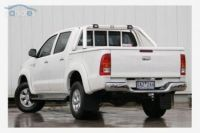 TOYOTA DUAL CAB WITH SPORTS BAR 06+