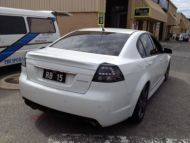 COMMODORE VE SENATOR STYLE REAR WING
