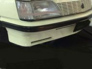VH COMMODORE SS FRONT SKIRT